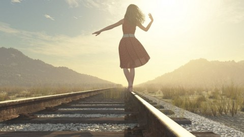 walking-girl-on-the-railway-picture-id612734528