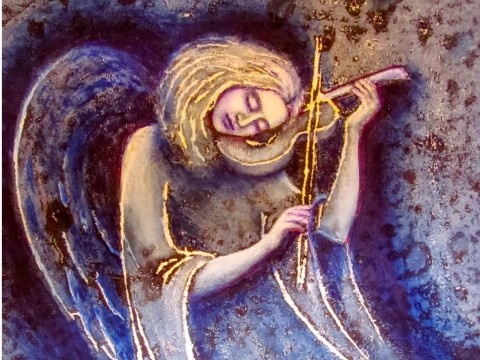angel-with-a-violin-picture-id869171782-1