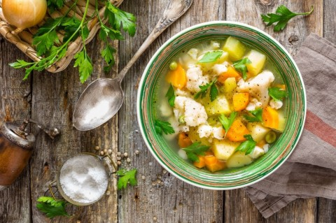 vegetable-soup-picture-id826799226