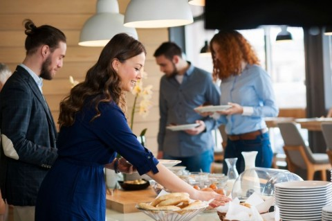 business-people-at-lunch-picture-id515884946