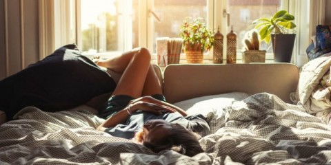 woman-resting-at-home-picture-id1089708010