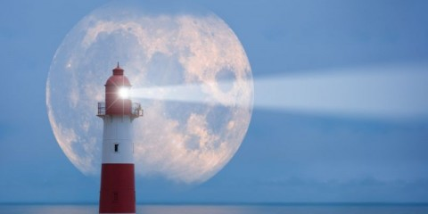 lighthouse-and-moon-picture-id698068828