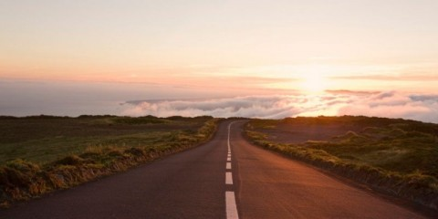 country-highway-to-heaven-picture-id157381963